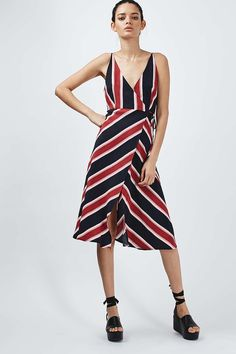 Thursday 14th  Heads together BBQ at Kensington Palace. Topshop Dress