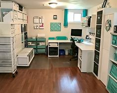 Sewing rooms - Creating Craft Room And Ideas 10 – Sewing rooms Sewing Room Design, Craft Room Design, Craft Room Decor, Craft Room Storage, Sewing Rooms, Storage Ideas, Basement Craft Rooms, Small Craft Rooms, Sewing Spaces