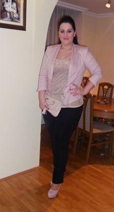 #plus#size#curvy#brunette