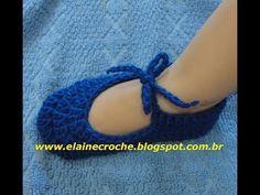 CROCHE - SAPATINHO BONECA TAMANHO P - PANTUFA - YouTube Crochet Bebe, Crochet Videos, Crochet Necklace, Slippers, Knitting, Socks, Youtube, Projects, Gifts