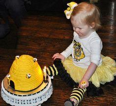 Bumblebee custom tee by Miss LuLu's { www.facebook.com/misslulus }