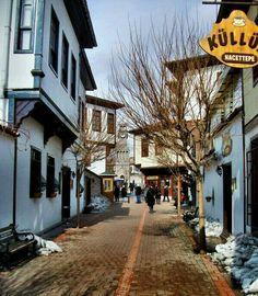 Street in Old Ankara, Turkey Ankara, Turkey Places, Empire Ottoman, Republic Of Turkey, Visit Turkey, Foto Blog, Turkey Travel, Istanbul Turkey, Old Houses