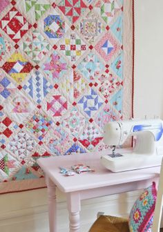 Pretty Farmer's Wife quilt by Helen Philipps