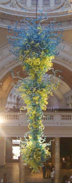 A chandelier by the master American glass artist Dale Chihuly (b 1941). The Mayo Clinic in Rochester, Minnesota has these in their lobby!