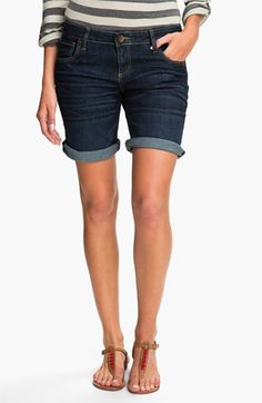 KUT from the Kloth 'Catherine' Denim Boyfriend Shorts (Probable) available at Nordstrom Shorts Boyfriend, Kinds Of Clothes, Stitch Fix Stylist, My Wardrobe, Spring Outfits, Ideias Fashion, Denim Shorts, Cute Outfits, Nordstrom