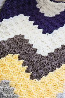 Love the look of this corner-to-corner chevron blanket!
