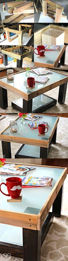 Mesita reciclando tablas / Vía http://scrappygeek.com/
