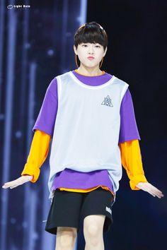 ʟᴇᴇ ᴊɪɴᴡᴏᴏ (이진우) Lee Dong Wook, Boy Groups, Girl Group, Kpop, Boys, Teen, Runway, Fashion, Sons