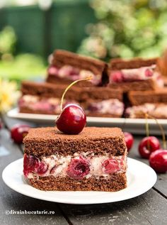 Sweet Desserts, Delicious Desserts, Cookie Recipes, Dessert Recipes, Romanian Desserts, Good Food, Yummy Food, Cherry Recipes, Sweet Treats