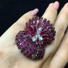 @stefan_hafner_jewelry at #JewelleryArabia2016