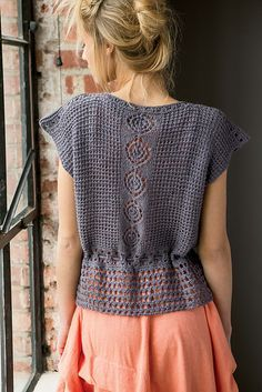 Tejidos - Knitted - Ravelry: Bohemian Tee pattern by Erica Schlueter IDEA Débardeurs Au Crochet, Pull Crochet, Gilet Crochet, Crochet Shirt, Crochet Woman, Crochet Crafts, Crochet Tops, Crochet Projects, Knitting Daily