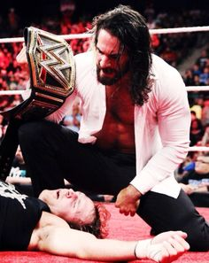 I'm sorry but if you look close enough, Dean's mouth is open and his face is so close to Seth's ______..... Am I the only one that noticed that? :o