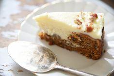 Kodin Kuvalehti – Blogit | Ruususuu ja Huvikumpu – Porkkana-juustokakku - Kaksi suosikkia samassa kakussa Cheesecake, Pie, Desserts, Food, Torte, Tailgate Desserts, Cake, Deserts, Cheesecakes