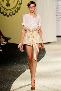 SPRING 2013 COUTURE  Ulyana Sergeenko - Love high waisted shorts    via style.com