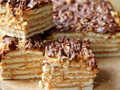 Snickers without baking Cookie Recipes, Dessert Recipes, Sweet Desserts, Cakes And More, Easy Cooking, No Bake Cake, Food Pictures, Food Porn, Food And Drink