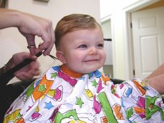 Many mothers have mixed feelings when it comes to the first baby hair cut. This guide to baby's first haircut, including when to cut baby hair, will help. Baby Boy First Haircut, Baby Boy Haircuts, Boy Hairstyles, Cut Her Hair, One Hair, Youtube Hair Tutorials, Kids Hair Salon, Haircut Salon, Barber Shop