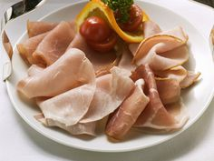 If you're on a high-protein, low-carb diet, you can't go wrong with lean cuts of chicken, turkey, or ham slices.