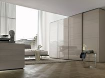 Contemporary wardrobe / glass / lacquered glass / sliding door