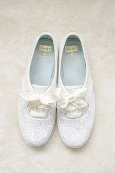 White glitter sneakers for the bride! Fun bridal shoe wedding idea {Priscilla Thomas Photography}