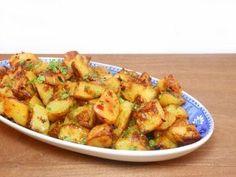 Easy Potato Recipes, Veggie Recipes, Appetizer Recipes, Vegetarian Recipes, Healthy Recipes, Middle East Food, Middle Eastern Recipes, Lebanese Recipes, Greek Recipes