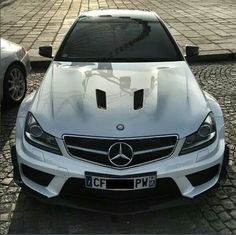 Mercedes Benz – One Stop Classic Car News & Tips Mercedes Benz Cla 250, Mercedes Benz Trucks, Exotic Sports Cars, Exotic Cars, Mercedez Benz, Automobile, Best Luxury Cars, Hot Cars, Cars Motorcycles