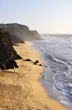 Playa de Santa Cruz en su perfil salvaje, Torres Vedras, Portugal