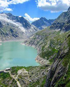 Climbing in Switzerland  #granito #montagna #mountain #Mountaineers #switzerland #rockclimbing #albigna  #rifugioalbigna #svizzera #switzerland #igerssvizzera #ig_svizzera #granite #granito #nature #natura #montagna #montagne #alpinismo #alpi #mountaineers #travelblog #travelgram #travelphotography #nofilter #mountain #mountains #mountainphoto #landscape #landscapes #nikon #nikoncoolpix by mgnorthface