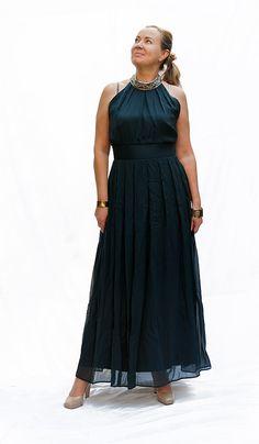 Seidenkleid, Unikat, Gr. 40, vorhanden in Wien. Pure silk dress, one-of-a-kind, available in Vienna, German size 40. Bridesmaid Dresses, Wedding Dresses, One Shoulder, Etsy, Pure Silk, Formal Dresses, Vienna, Silk Dress, German
