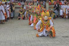 Wayang Wong by Windi Eka Setiawan on 500px - Wayang wong, also known as Wayang orang (literally 'human wayang)', is a type of classical Balinese dance theatrical performance with themes taken from episodes of the Ramayana or Mahabharata: