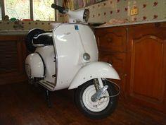 Vespa VBB 150 1964 Off White