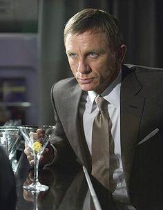 26 件のおすすめ画像 ボード 007 james bond james bond movies