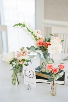 Vintage Reception Centerpiece Decor | photography by http://www.ariellephoto.com