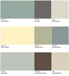 Popular Benjamin Moore paint colors for beach house decorating.
