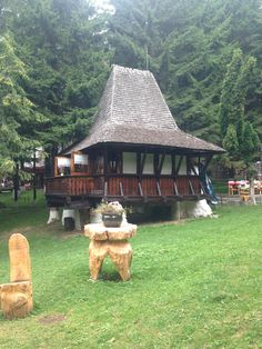 Poiana Romania, Space Architecture, Gazebo, Poems, Outdoor Structures, Cabin, Spaces, The Originals, House Styles