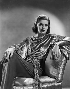 Hollywood actress Lana Turner shimmers in a satin top while seated on a satin chair. Get premium, high resolution news photos at Getty Images Old Hollywood Glamour, Vintage Glamour, Vintage Hollywood, Hollywood Stars, Classic Hollywood, Hollywood Fashion, Hollywood Girls, Vintage Beauty, Ginger Rogers