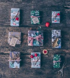"Carolin Strothe on Instagram: ""This year Im a bit behind the Holidays preparations. BUT the gift job is done! 😅Here are my wrapped Christmas gifts – all with floral,…"""