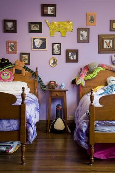 Google Image Result for http://g-cdn.apartmenttherapy.com/1893384/purplerooms1_rect540.jpg