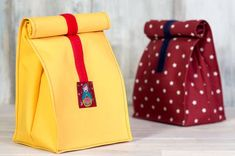 Lunchbag Anweisungen Source by Sewing Patterns Free, Free Sewing, Sewing Tutorials, Free Pattern, Sewing Projects, Diy Projects, Textiles, Blue Fabric, Handmade Bags