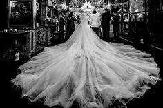 Andreea a purtat la nunta o rochie de mireasa macra Aryanna Karen Salutare! Eu sunt Mihai Roman, Povestitorul de nunti, iar daca te inspira aceasta imagine, te invit sa o salvezi intr-unul dintre panourile tale #weddingdress #rochiemireasa #mireasa #nunta #fotografiedenunta #ideinunta #ideirochiemireasa #pinkweddingdress #buchet #buchetnunta #ideibuchetnunta #bouquet #bridebouquet #weddingbouquet #weddingbouquetideas #bridebouquetideas Salvia, Wedding Ceremony, Wedding Dresses, Fashion, Bride Dresses, Moda, Bridal Gowns, Fashion Styles, Sage