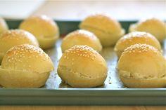 Homemade Mini Hamburger Buns {or Slider Rolls}