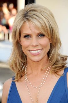 "Cheryl Hines ""Suburgatory"" & ""Curb Your Enthusiasm"""