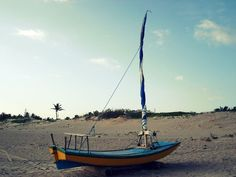 ... e o barquinho a deslizar no macio azul do mar ...