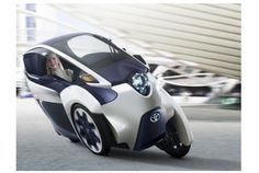 近未来的で滑らかな曲線フォルムが、何とも格好良い!スイスで行われたジュネーブモーターショーで、トヨタがお披露目した超小型三輪EV...