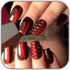 I love these nails! Now I just need to find instructions on how to do them.