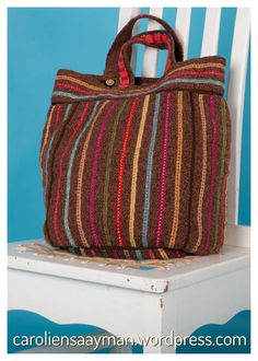 A fully lined handbag, knitted in various yarns, including cotton and mohair. 3d Fashion, 3 D, Knit Crochet, My Design, Wordpress, Stripes, Knitting, Fabric, Handmade