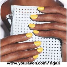 #ManiMonday: Our Gel Finish 7-in-1 Nail Enamel in Limoncello is guaranteed to brighten your day. https://www.avon.com/product/gel-finish-7-in-1-nail-enamel-57401?rep=dgari 💅🏻🍋💛 #nailenamel