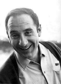 Alfredo Landa (Pamplona, Navarra, 3 de marzo de 1933 – Madrid, 9 de mayo de 2013), actor.