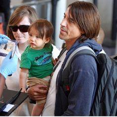 Anthony and Everly Happy Birthday Anthony, Foo Fighters Nirvana, Children Of Bodom, Bullet For My Valentine, John Frusciante, Anthony Kiedis, Royal Blood, Jack White, Music Stuff