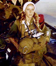 Catherine Leroy, female photographer in Vietnam