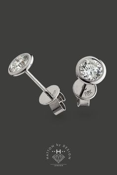 Black Friday offer: Save an incredible £56.50 on these beautiful contemporary diamond earrings.